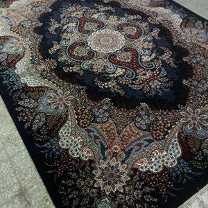 فرش 700 شانه طرح اهورا سرمه ای | فرش کاشان ۷۰۰شانه