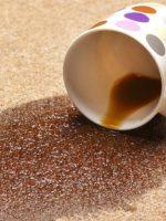 4 روش برای از بین بردن لکه چای روی فرش